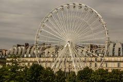 弗累斯大转轮(Roue de巴黎)在从Tu的协和广场 图库摄影