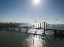 弗洛里亚诺波利斯,巴西- 7月17 :当前Hercilio Luz桥梁在恢复下,在弗洛里亚诺波利斯 免版税库存图片