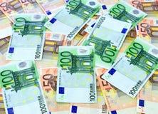100张和50张欧洲票据 免版税库存照片