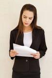 紧张女性商业主管 免版税库存照片