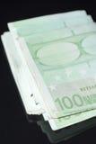 100张hundrd欧元票据 库存照片