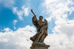 弧天使雕象从罗马,意大利的 库存照片