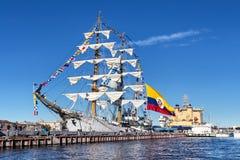 弧格洛里亚是三桅帆,是教练船和哥伦比亚的海军的正式旗舰,在参观到圣彼德堡 免版税库存图片