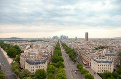 弧de巴黎triomphe视图 Defans Area.Paris 巴黎 免版税库存图片