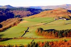 弯曲处小山, Ladybower,德贝郡,英国 库存图片