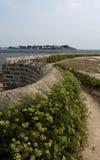 弯曲的路径洛克马里阿屈埃,布里坦尼,法国 免版税库存照片