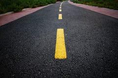 弯曲的路 免版税库存照片