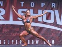 强有力的加拿大女性爱好健美者在2018年多伦多赞成Supershow 库存图片