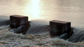 强有力的水流量 库存图片