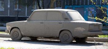 强烈肮脏的汽车 图库摄影