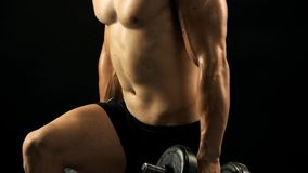 强的男性做的crossfit锻炼 影视素材