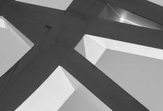 强的钢粱一起焊接了在锋利的角度 免版税库存照片
