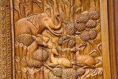 当地泰国样式雕刻 免版税库存图片