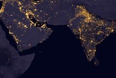 当它看起来象从空间,印度点燃在夜期间 这个图象的元素由美国航空航天局装备 库存照片