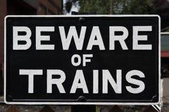 当心火车标志 图库摄影