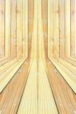 当背景纹理使用的大棕色木盘区 免版税库存照片