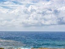 当风暴来临到Anakena海滩 免版税库存图片