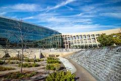 当代盐湖城公立图书馆的外部 免版税库存照片