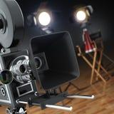 录影,电影,戏院概念 减速火箭的照相机、闪光和主任的 库存例证