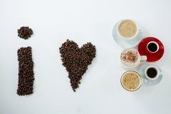 形成形状的咖啡豆我爱咖啡 库存照片