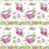 水彩无缝的样式 手画杯子与被编织的盒、花揪和叶子的热的饮料 圣诞节花卉边界 免版税图库摄影