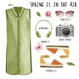 水彩时尚例证 套时髦成套装备和辅助部件:礼服、耳机、照片照相机、太阳镜、帆布鞋和m 免版税库存图片