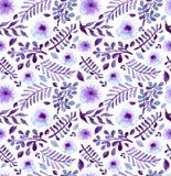 水彩明亮的紫罗兰色花和叶子无缝的样式 库存图片