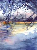 水彩晚上日落树枝河湖风景 库存照片