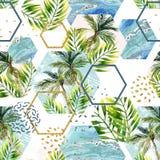 水彩热带叶子和棕榈树在几何形状无缝的样式 免版税图库摄影图片