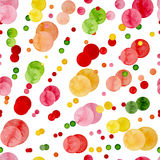 水彩红色和绿色圈子重复样式 免版税库存照片