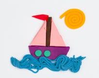彩色塑泥船 库存图片