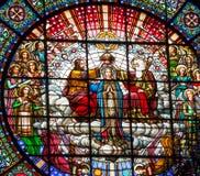 彩色玻璃耶稣玛丽圆花窗修道院蒙特塞拉特岛 免版税库存照片