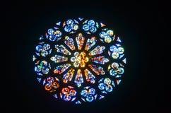 彩色玻璃圆花窗 库存图片