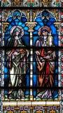 彩色玻璃在圣尼古拉斯大教堂里在新梅斯托,斯洛文尼亚 库存图片