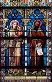 彩色玻璃在圣尼古拉斯大教堂里在新梅斯托,斯洛文尼亚 免版税图库摄影