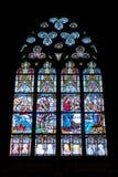 彩色玻璃大教堂窗口 图库摄影