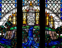 彩色玻璃的耶路撒冷天堂般的市 免版税库存图片