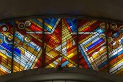 彩色玻璃窗、星和对角线 免版税图库摄影