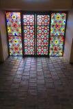 彩色玻璃窗在沙基Khans宫殿  库存照片