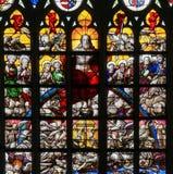 彩色玻璃-前评断在布鲁塞尔大教堂里 免版税库存图片