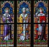 彩色玻璃-圣徒Ludmilla、Methodius和瓦茨拉夫 免版税库存图片