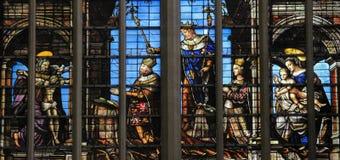 彩色玻璃-布鲁塞尔大教堂 免版税库存照片