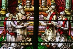 彩色玻璃-敬上帝的犹太教教士 免版税图库摄影