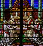 彩色玻璃-敬上帝的犹太教教士 库存图片