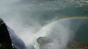 彩虹和有薄雾的水 免版税库存照片