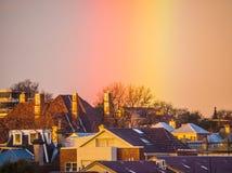 彩虹在墨尔本郊区 免版税库存图片