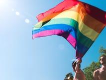 彩虹旗子最佳的自豪感情感 库存照片