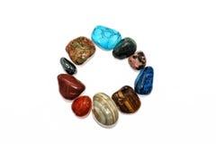 彩虹的所有颜色石头  免版税库存照片
