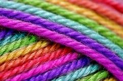 彩虹羊毛 免版税库存图片
