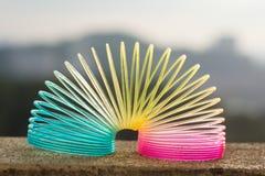 彩虹色的导线螺旋玩具 库存照片